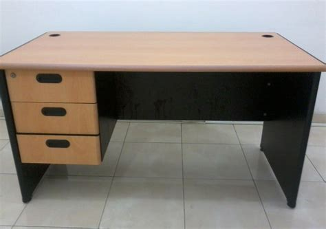 Meja Kerja Informa ツ harga dan gambar desain meja kerja minimalis modern