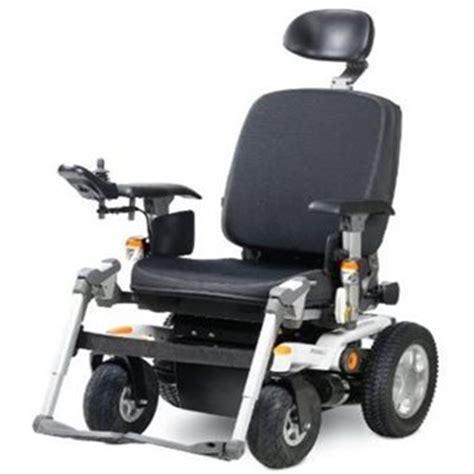 elektrische rolstoel elektrische rolstoel met stuur vilans hulpmiddelenwijzer