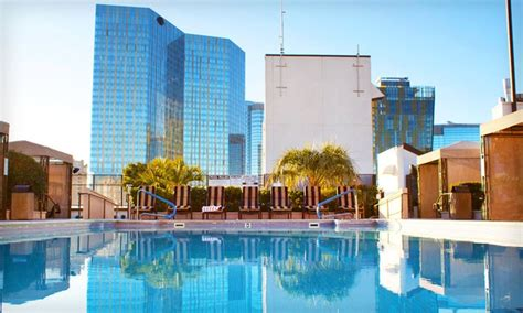 polo towers las vegas 2 bedroom suite polo towers suites groupon