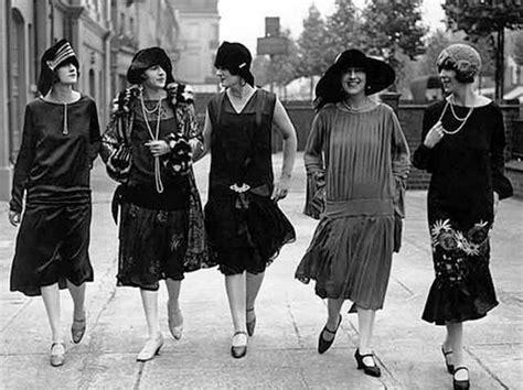 Home Design Trends Through The Decades by Retro 1920s Fashion