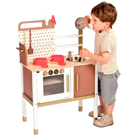 Janod Kitchen by Release Your Junior Chef In The Janod Maxi Kitchen