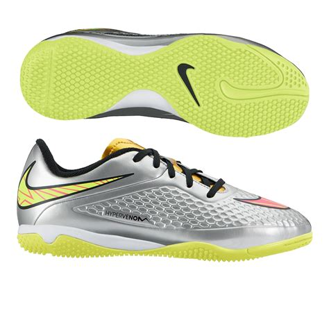 nike youth indoor soccer shoes nike youth hypervenom phelon premium indoor soccer shoes