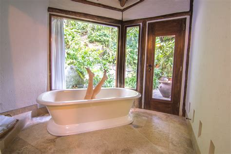 best bathtubs in the world the 15 best hotel bathtubs around the world the road les traveled