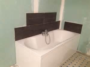 poser du carrelage autour une baignoire