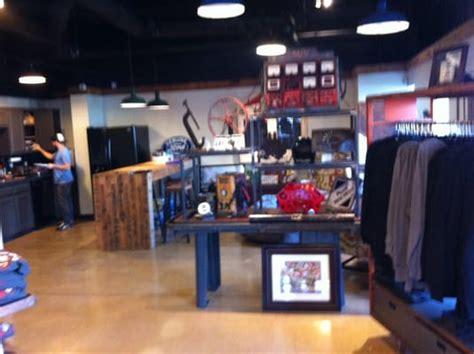 Gas Monkey Garage In Dallas by L Jpg