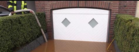Porte De Garage Anti Inondation 4365 by Porte De Garage Anti Inondations Aqualock 2 L Eau