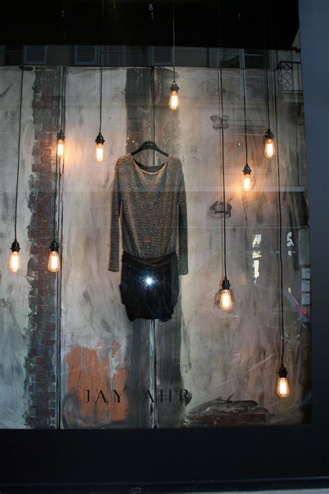 Ideen Aus Ton 4507 by Store Window This Industrial Look Wouldn T