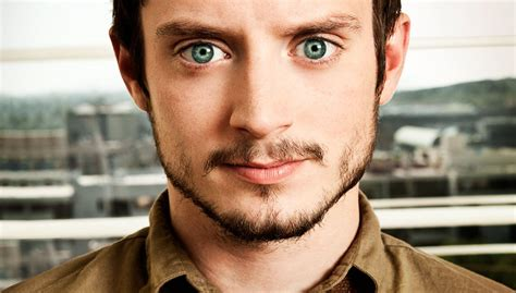elijah wood romance movies elijah wood s spectrevision to make a zombie movie den