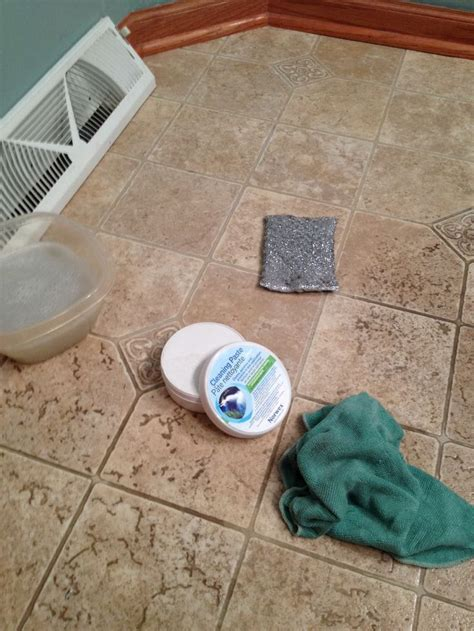 cleaning bathroom tiles with bleach cleaning bathroom tiles with bleach 28 images cleaning