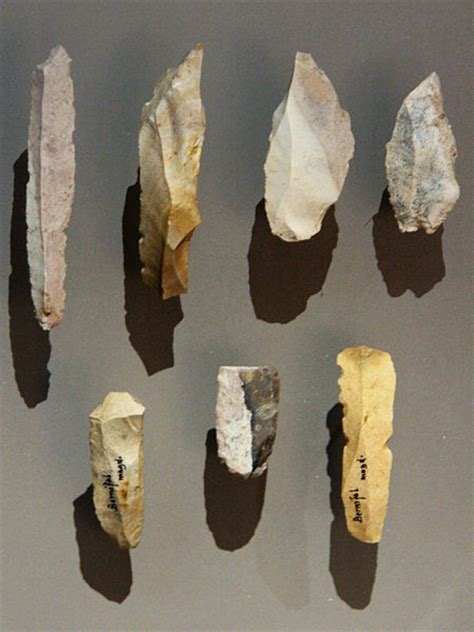 Finger Dan Thumb Originals file burins and blades bernifal meyrals mnp jpg