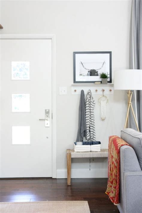 Entryway Into Living Room by How To Decorate When Your Front Door Opens Into Your