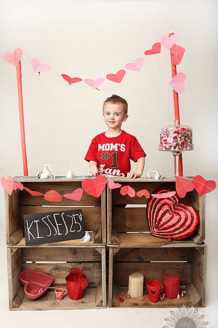 booth design for valentines kissing booth valentine photo idea kids pinterest