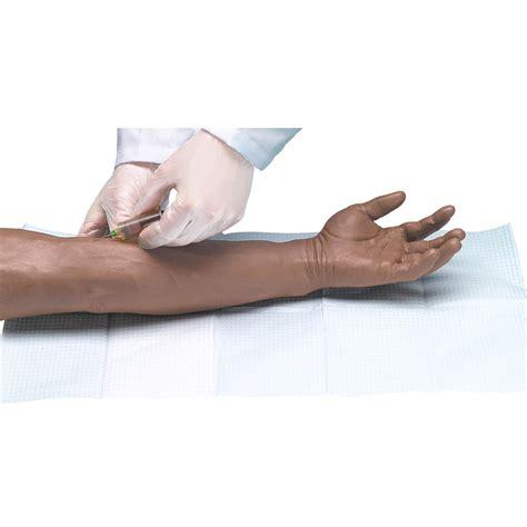 iniezioni nel sedere braccio per iniezioni e puntura delle vene per corsi