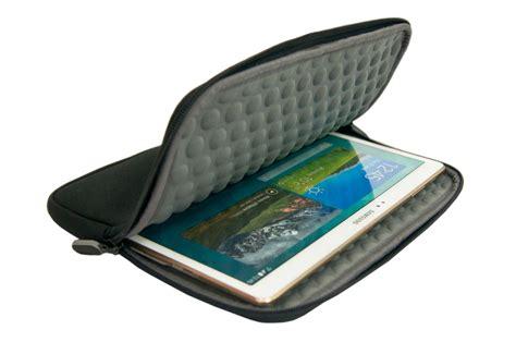 housse et 233 tui pour tablette temium housse universelle pour tablettes de 9 224 10 pouces