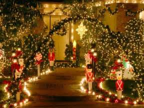 Christmas Outdoor Decorations by Beautiful Outdoor Christmas Decorations Outdoor Lighted