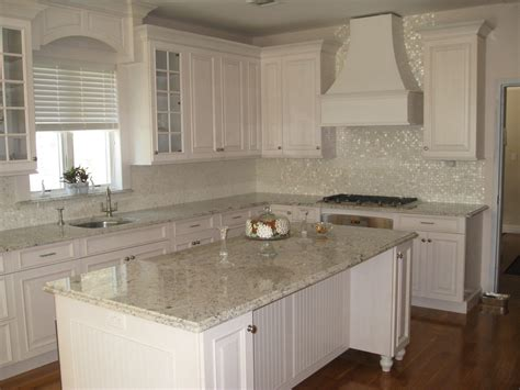 Kitchen Backsplash Ideas With White Cabinets Kitchen Picture Houzz Antique White Kitchen Cabinets Home Decorating Ideas And Tips 101