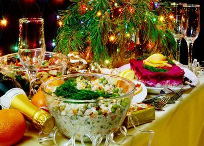decorazioni tavola capodanno la cena di capodanno dei russi ciao italia russia