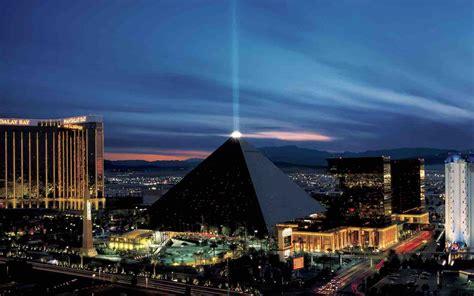 best hotel in luxor luxor hotel in vegas 2018 world s best hotels
