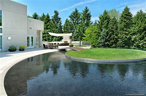mj house michael jordan s home in chicago reduced to 16 million