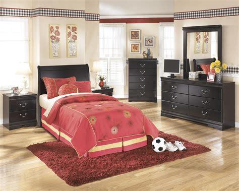 huey vineyard bedroom set signature design by ashley huey vineyard twin bedroom
