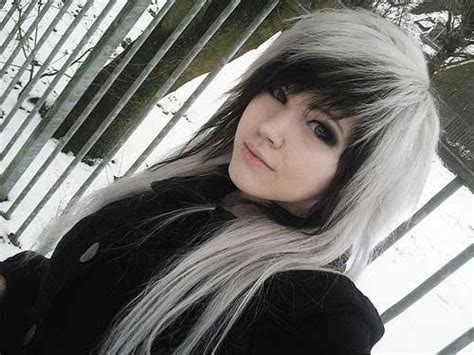 Emo Hairstyles Black And White | 34 emo hairstyles for girls long hairstyles 2016 2017