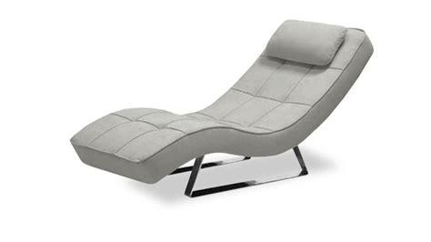 fauteuil relax confortable table de lit