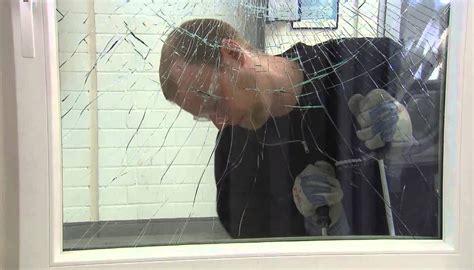 ladri in casa proteggere casa dai ladri ecco 12 metodi infallibili per