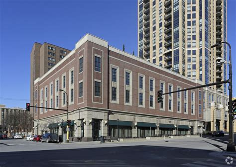 minneapolis appartments the carlyle rentals minneapolis mn apartments com