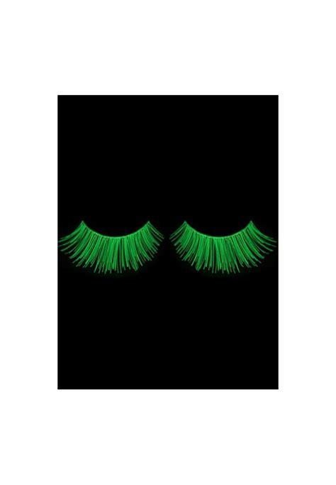 glow false eyelashes glow in the false eyelashes glowing and