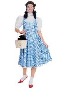 Dorothy Costume Who Wore It Best Human Vs Canine The Dog Snobs