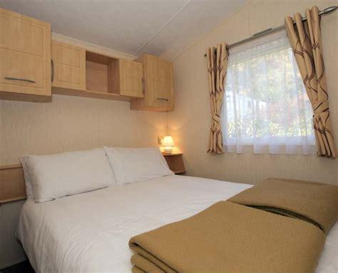 caravan bedroom ideas linnhe lochside holidays platinum caravan