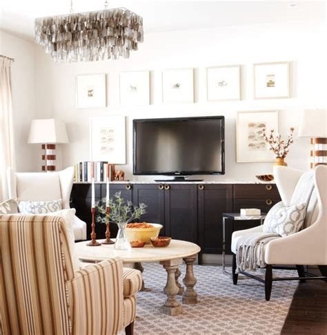 sarah richardson living room design tips for a family room how to create a focal point