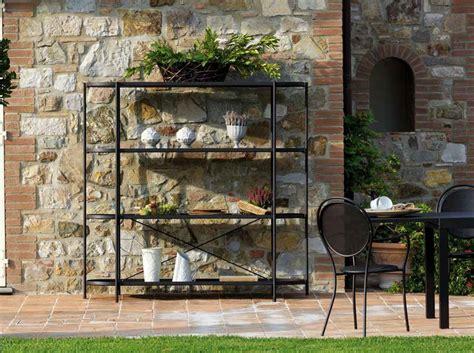 mobile per giardino mobile etagere di vermobil in acciaio per esterno
