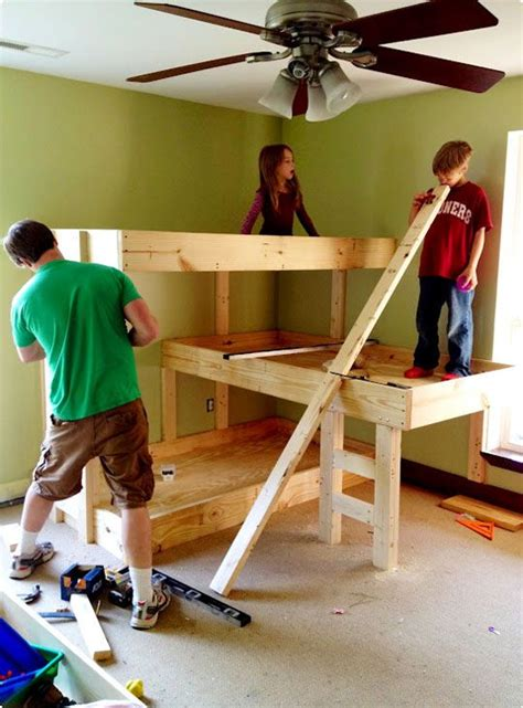 Diy Three Level Bunk Beds House Decorators Collection Three Level Bunk Bed