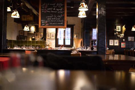 picture restaurant chalkboard interior