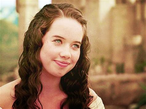 how did they curl anna poppelwale hair in reign 26 best anna popplewell images on pinterest anna