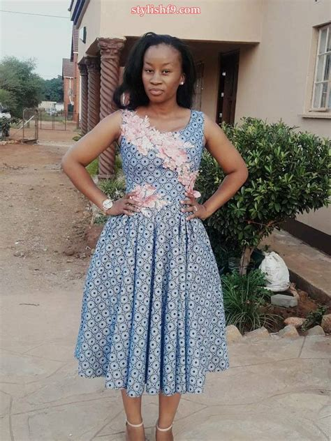 Simple Ankara Styles For Short Gown