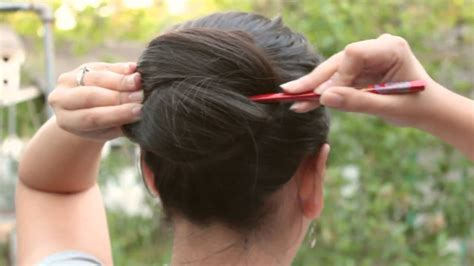 how to fix long hair in upsweep how to fix long hair doovi
