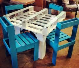building furniture 6 diy pallet furniture tutorials the green living guide