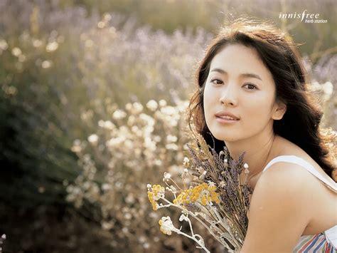 Wanita tercantik di indonesia hot women