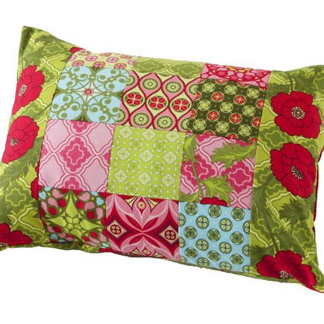 How To Make A Patchwork Cushion - patchwork pillow allpeoplequilt