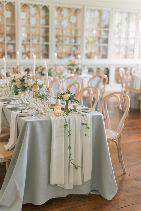 How To Style Those Amazing Marquee Wedding Venues   CHWV