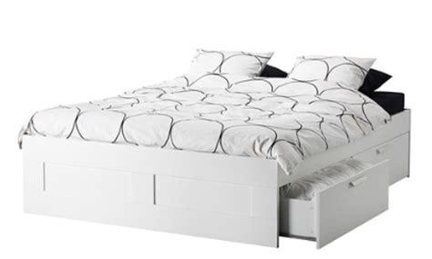lit tiroir ikea place pour 3 en plus du chat janvier 2013