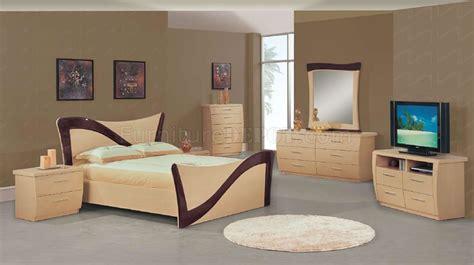 tone beige dark cherry lacquer finish modern bedroom set