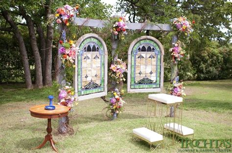 design your own wedding backdrop create your own backdrop for an outside wedding photo by