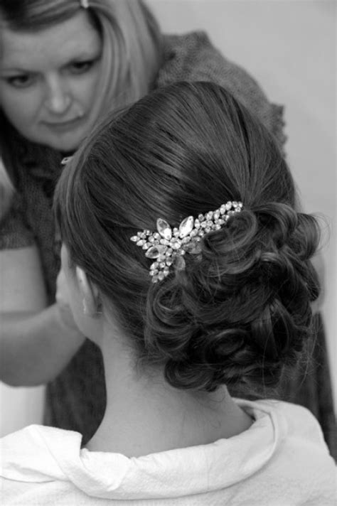 bridal hairstyles put ups giveaway win 2 tickets to the designer wedding show 25