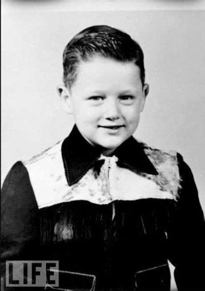 bill clinton s childhood bill clinton as child why is the tiny president clinton