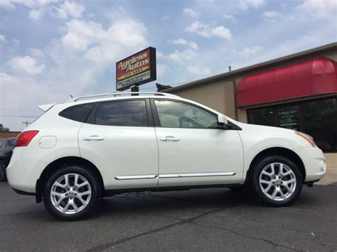 nissan rogue packages 2013 nissan rogue awd sv w sl package 4dr crossover in