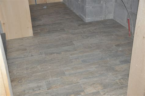 plank tile flooring bathroom porcelain plank tile flooring plank tile flooring bathroom djjt
