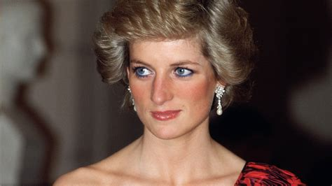 Model Rambut Diana by Princess Diana Statue Is Coming To Kensington Palace